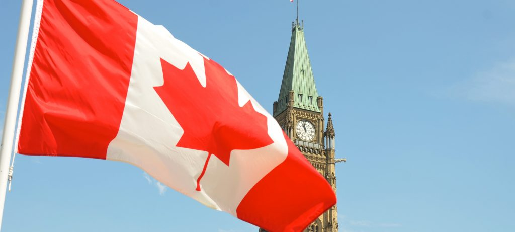 Many Canadians would like to see government services made available online permanently